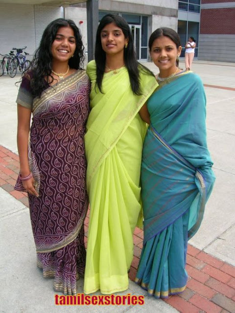 Hot Mallu Aunties In Saree  Downblouse1-5848