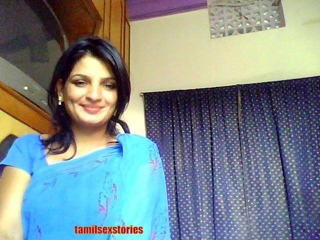 Desi Aunties Hot Newly Married Honeymoon Photo Gallery
